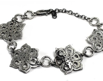 Silver bracelet with mandala texture, all solid sterling silver, laced bracelet, mandala bracelet, floral, solstice collection #S151