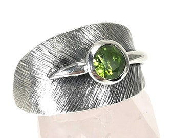 Equinox ring with stone, leaf texture ring, wrap ring, all in sterling silver, leaf jewelry, ring for her,  gift for her, gift. #EX12
