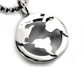 World necklace, globe pendant, map pendant, your engraving at the back, 3mm thick, 22mm diameter (7/8 inch) men necklace, unisexe #H118