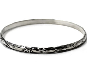 "BANGLE Silver textured wire ""wave"", solid sterling silver bangle, half round wire 4mm x 2mm thick. Handmade, gift, nautical bangle. #BA116"