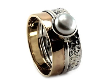 Pearl ring gold and silver, 6-7 mm pearl on a ring band made of solid 10k yellow gold and sterling silver, pearl ring 2 tons. #B128