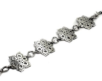 Silver bracelet with mandala texture, all solid sterling silver, laced bracelet, mandala bracelet, floral, solstice collection #S131