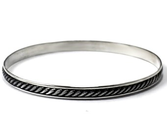 "BANGLE Silver textured wire ""cable"", solid sterling silver bangle, half round wire 4mm x 2mm thick. Handmade, gift, nautical bangle. #BA125"