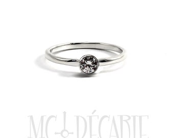 Solitaire 2mm, 4 mm stone, bezel setting, silver or 10k gold, swarovski cubic zirconia or diamond, engagement ring, stone ring, tiny. #S111