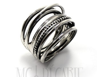 Voluminous silver Ring with Twisted Wire in Sterling Silver 925, Wrap ring, wrap wire ring, gift for her. #B145