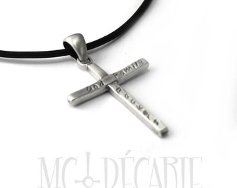 Cross necklace customized with your text, coordinates, names, date, memories, memorial jewelry, mourning, memory, jesus, christian. #H109