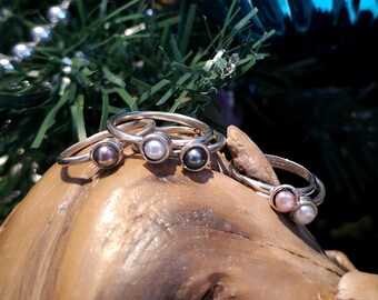 Pearl ring, small swirl with freshwater pearl, stackable ring, sterling silver, tiny silver ring with pearl, 8 READY TO GO