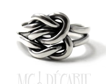 Chunky double knot ring, sailor knot ring in sterling silver, friendship ring, sailor ring, silver ring, thick knot ring, double knot. #B141