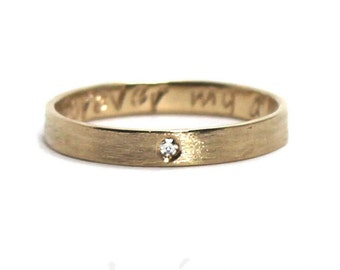 10k yellow gold and 0.01 ct diamond, 3mm ring band personalized text, inside or outside, brushed finish, 0,01 ct diamond. #J229