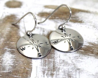 Round disc earrings with compas stamp,you can personalize them with initials, small text or symbol. These have a compas stamped. #BO225