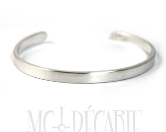 Cuff bracelet 5 mm x 2mm in solid sterling silver, can be customized with coordinates,longitude latitude bracelet, gps, personalized. #BA120