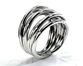 Large Voluminous Ring with Twisted Wire in Sterling Silver 925, Wrap ring, wrap wire ring. #B118