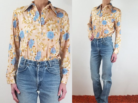 Green and Blue Button Front Small Blouse Long Sleeves Floral Vintage 70s Shirt