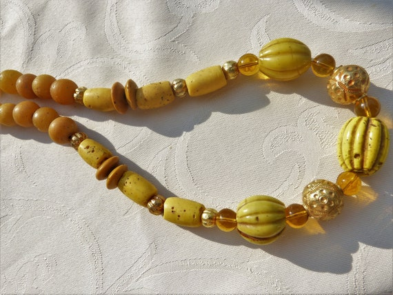 Antique Chinese Yellow Lobed Glass Beads Necklace With 22 K Etsy