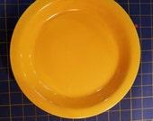 VINTAGE Sunflower Yellow Fiesta 9.75 quot Pie Plate