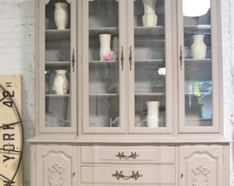 Merveilleux More Colors. Painted Cottage Chic Shabby White Romantic French Provincial  China Cabinet CC1058