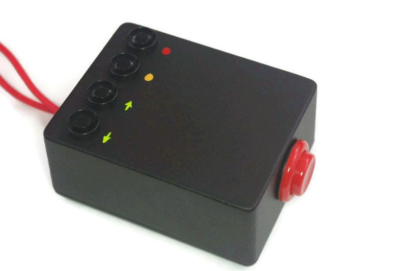 Qlab USB button controller and redundant backup solution, remote go-button  - Black case, red Button