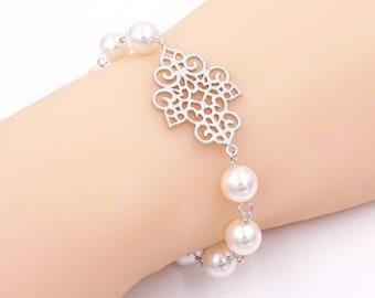 Vintage style filigree pearl Bracelet, gifts for her, Bridal pearl bracelet, silver Bridesmaid bracelet, wedding jewelry