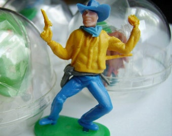 Vintage Vending Capsules - Cowboy and Indian Toys from the 70s - Assemble Your Own - Stamped Hong Kong - New Old Vending Capsule Stock