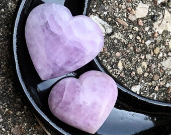 Kunzite Crystal Heart in Two Sizes for Crystal Grid, Reiki, Witchcraft, Magic, Meditaiton