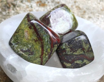 Dragons Blood Jasper Cube | Crystal Cube | Red Crystals for Grounding | Green Crystals for Heart Chakra | Supreme Healer Jasper
