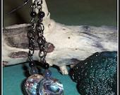 Abalone Earrings, Labrado...