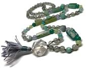 Gray Moonstone Mala Necklace / Japa Mala Beads for Meditation / Aquamarine Yoga Necklace / Chalcedony Boho Necklace / Quartz / Roman Glass