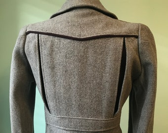 30s 40s 1930s 1940s vintage wool two tone burgundy x grey jacket  puffed sleeve back belted  size S-M    Rare jacket