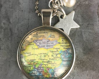 Map Pendant Necklace China with star charm