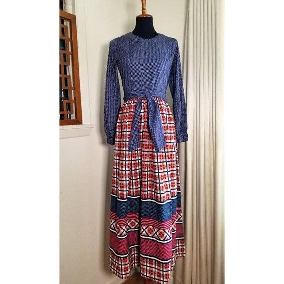 Vintage 1970's Tie Waist Prairie Dress