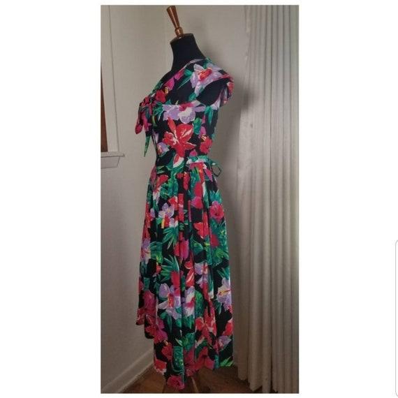 1980's Garden Party Floral Dress - image 4
