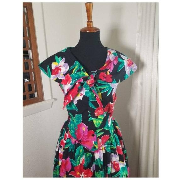 1980's Garden Party Floral Dress - image 2
