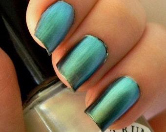 Blue Green Duochrome Nail Polish Top Coat DEJA VU