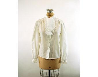 6ec85e8b803d30 1970s white blouse with lace neck tie jabot pearl buttons Rhapsody Size L