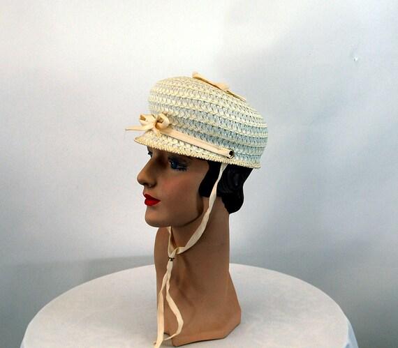 1960s hat white straw bubble tilt hat jockey styl… - image 1