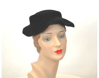 1940s hat black wool felt small tilt hat Mohn Made in USA supplex felt winter hat