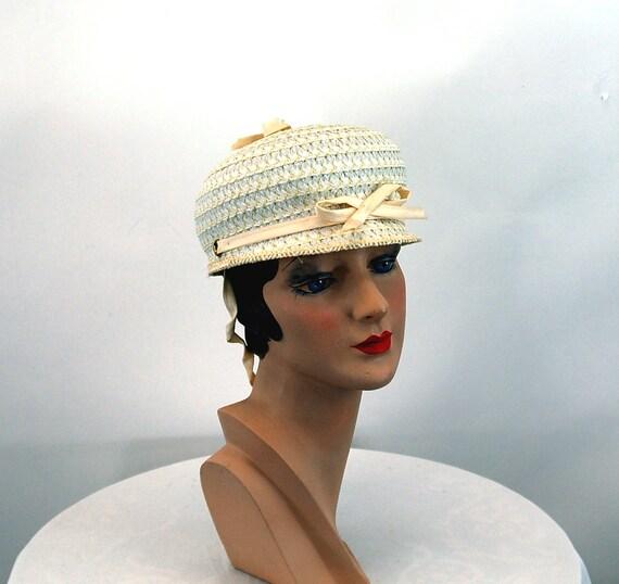 1960s hat white straw bubble tilt hat jockey styl… - image 3