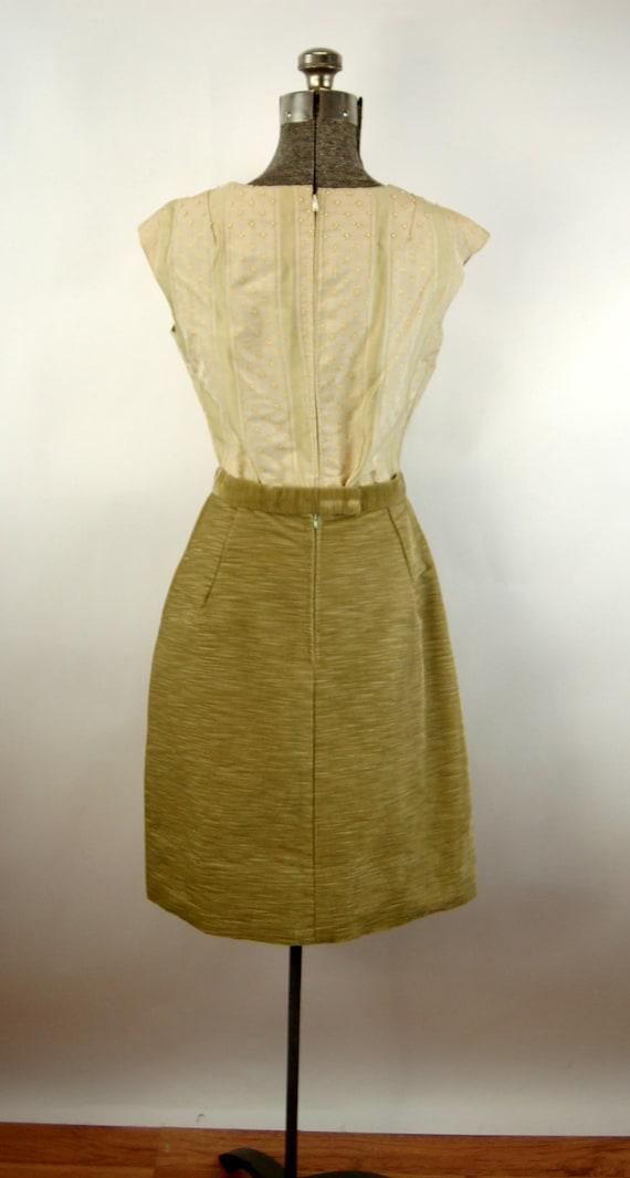 1960s suit green corduroy three piece skirt suit … - image 6