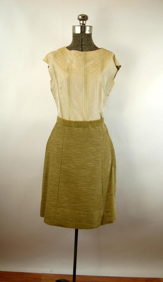 1960s suit green corduroy three piece skirt suit … - image 5