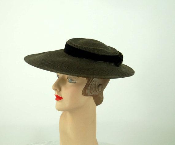 1950s platter hat saucer hat picture hat brown str