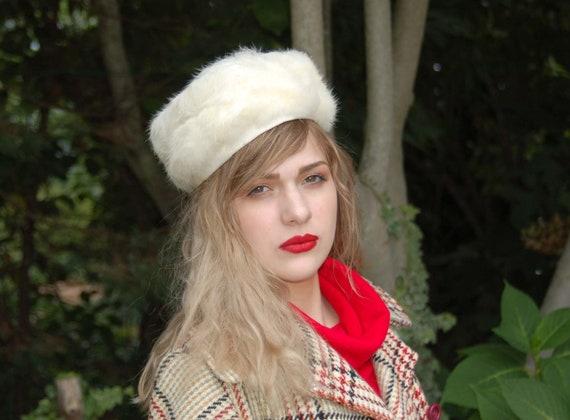 1960s fur hat rabbit fur white fur hat beret winte
