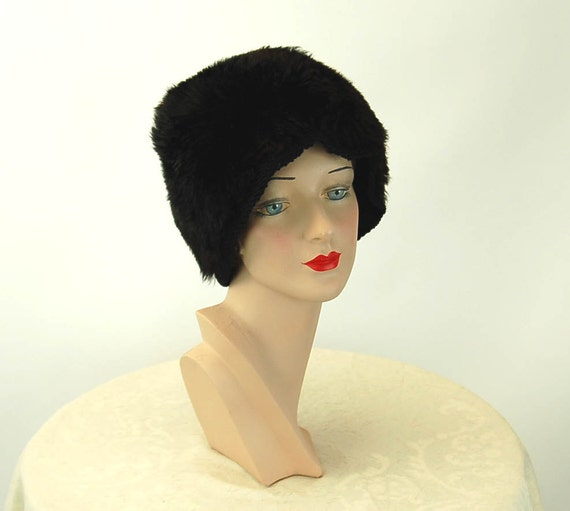 Vintage lambskin fur hat winter hat black furry ha