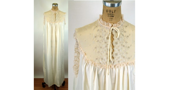 Barbizon nightgown ivory satin embroidered gown Si