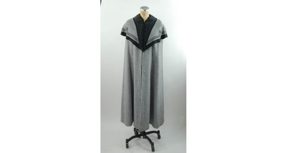 1980s Victorian style mohair wool cape gray black
