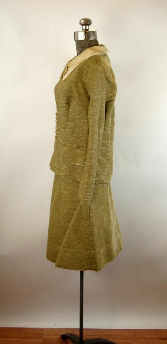 1960s suit green corduroy three piece skirt suit … - image 8