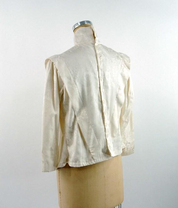 Ivory silk jacquard paisley blouse Victorian styl… - image 2