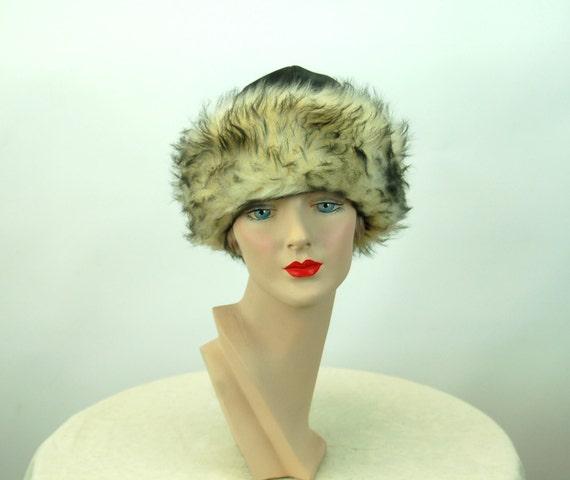 1960s winter hat fur hat black vinyl and faux fur… - image 5