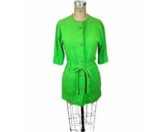 1970s green terrycloth robe with wooden bamboo buttons by Shadowline Size S