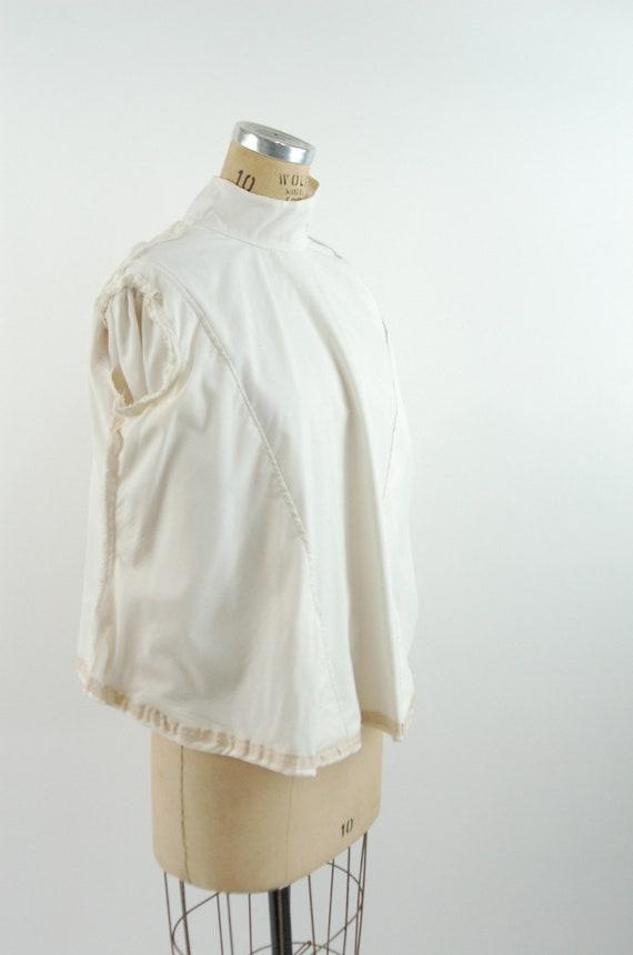 Ivory silk jacquard paisley blouse Victorian styl… - image 5
