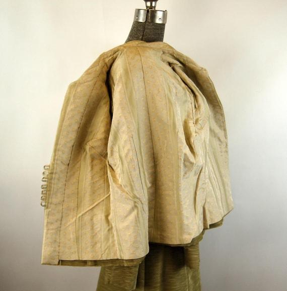 1960s suit green corduroy three piece skirt suit … - image 10